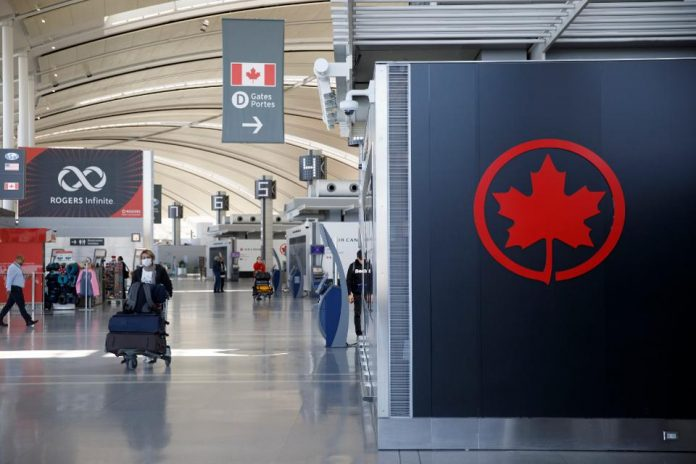 在机场突然通知签证被取消了?近期入境加拿大的同学请注意